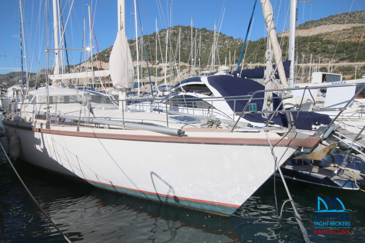 AMEL Super Maramu Yacht for sale - Network Yacht Brokers Barcelona