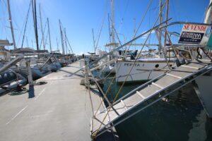 Postes d'amarrage Port Ginesta