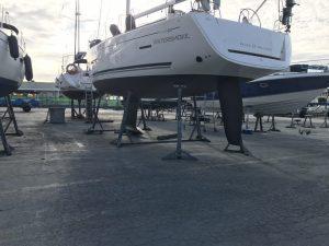 modern yacht keels