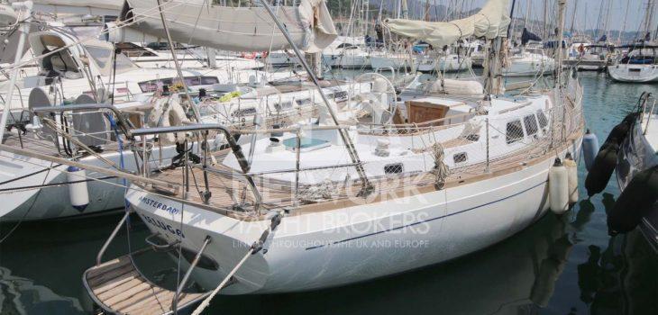 Northwind Yacht Beautiful Teak Deck and elegant