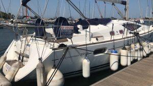 Jeanneau 39 DS Yacht For Sale Sant Carles Marina